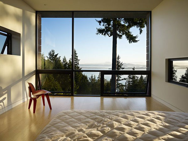 Chuckanut Ridge House: An Elegant Design Asian Influences And Self Sustainable Housing: Fascinating Landscape Outdoors View Simply Modern Bedroom Interior Design With Large Glass Window Cool Chair And Wooden Flooring Ideas