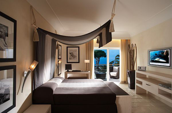 Flaunt Your Bedrooms with Decorative Canopy Beds (part-2): Fascinating Minimalist Canopy Bed Design With Awning Added To Create This Illusion Of A Canopy And Break The Monotony Of The Modern Bedrooms Design