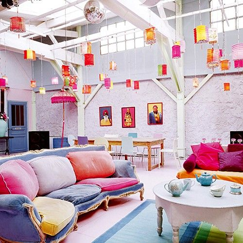 Fashionable Contemporary Bold Colored Decor Awesome Living Room Design : Fashionable Contemporary Bold Colored Living Room Design N With Old Fashion Chairs With Ceiling Decoration Tea Table And Chair And Bookcase Painting