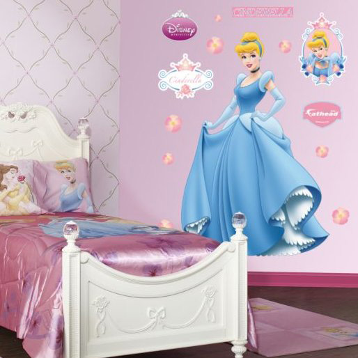 Genius Ways To Decorate Kids Rooms According To Their Favorites : Genius Ways To Decorate Kids Rooms According To Their Favorites Cinderella Picture On The Wall With Study Desks To Closets To Covered Storage