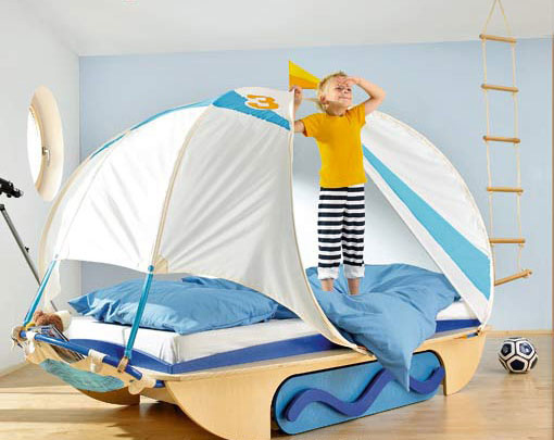 Genius Ways To Decorate Kids Rooms According To Their Favorites: Genius Ways To Decorate Kids Rooms According To Their Favorites With Sailor Man Study Desks To Closets To Covered Storage Boat Shaped And Parquet