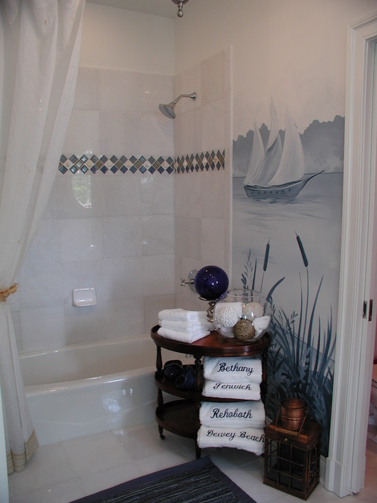 Inspiring Blue and White Bathroom Accessories : Glass Tile And Real Shell Border In The Shower Wall Is The Finishing Touch To This Blue And White Bathroom