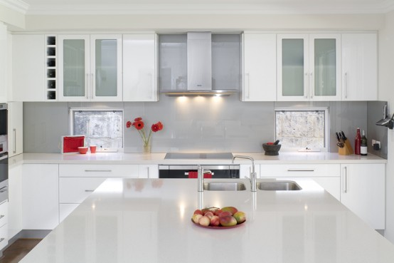 Moden Sleek White Kitchen Design Style: Glossy White Kitchen With Bright And Spacious Environment With Mable Counter Top With Bright White Pantry And Nice Kicthen Appliances