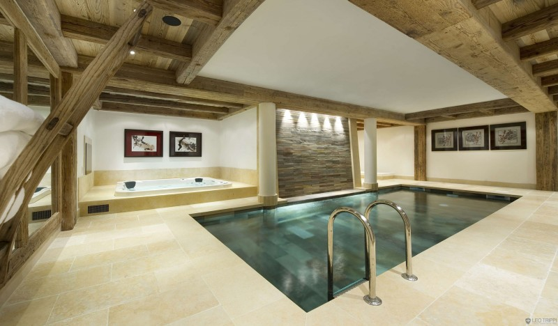 Breathtaking Cozy Resort For Your Family Holiday: Indoor Pool Concentrate Floor Five Artistic Painting Indoor Sauna Pool