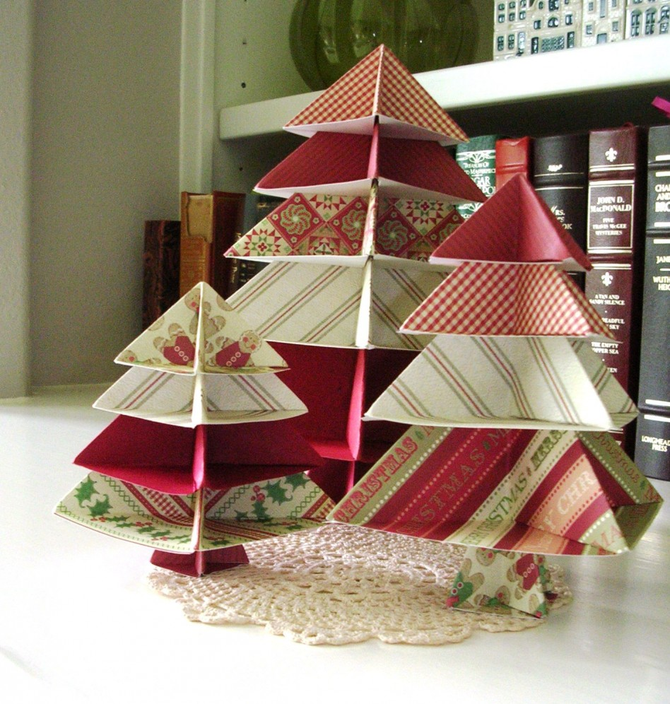 Fascinating Christmas Banquet Table Decoration Ideas: Inspiring Christmas Banquet Table Decoration Ideas Inspiring Origami Christmas Tree In White Table For Elegant Home Office Decoration