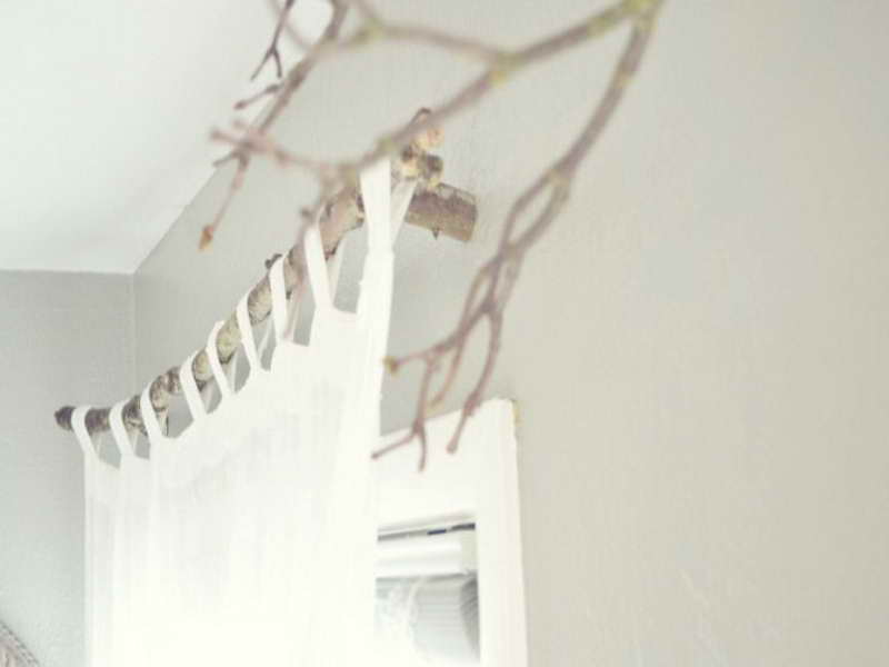 Window Treatment Ideas: DIY Unique Branch Curtain Rod Decoration: Inspiring DIY Branch Curtain Rod Ideas With White Curtain Design