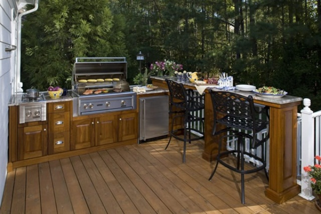 Coziest Space For Outdoor Kitchen Designs Near The House: Interesting Outdoor Kitchen Designs Ideas Built In Barbeque Grill Fully Equipped Kitchens And Grills Sinks Bars And Storage Cabinets