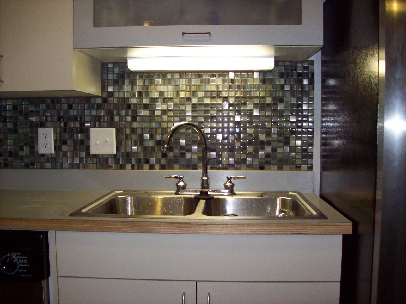 Kitchen Backsplash Design Ideas : Kitchen Design With Beautiful Glass Mosaic Backsplash Ideas