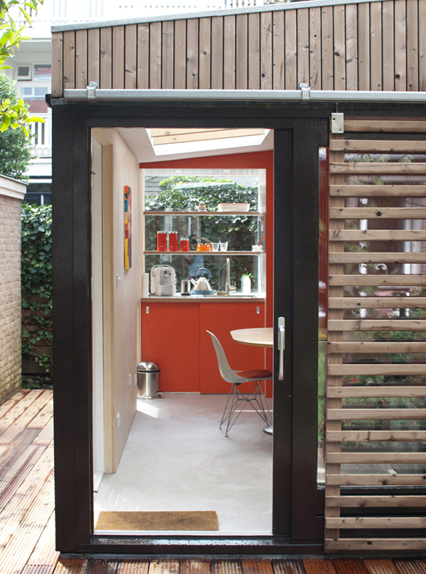 Home Office Inspiring Ideas : Office In Contemporary Garden Pavilion: Kitchen Entrance Steel Frame Glass Door Garden Pavilion With Glass Window Wooden Guard
