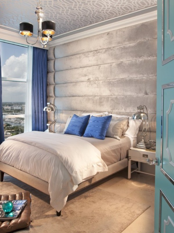 Breathtaking Blue And Gray Bedrooms For Romantic Person : Luxurious Velvet Grey Wallpaper Bright Deep Blue Throw Pillows Curtain Lush Chrome Shiny Industrial Lamps Unique Pattern Door With Glossy Finishing