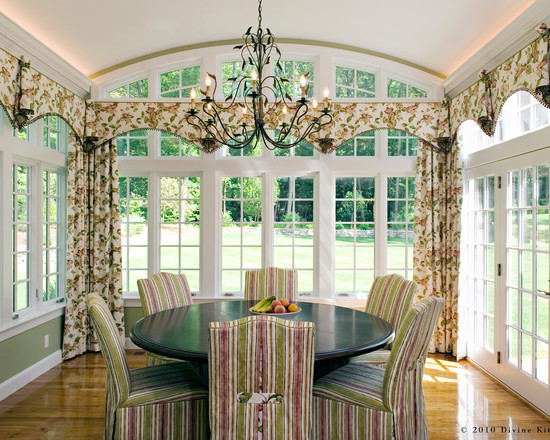 Beautiful Slip Covers For Dining Chairs: Mesmerizing Traditional Dining Room Slip Covers For Dining Chairs The Curtains And Chair Covers And Stripes On The Window Treatments Dining Room