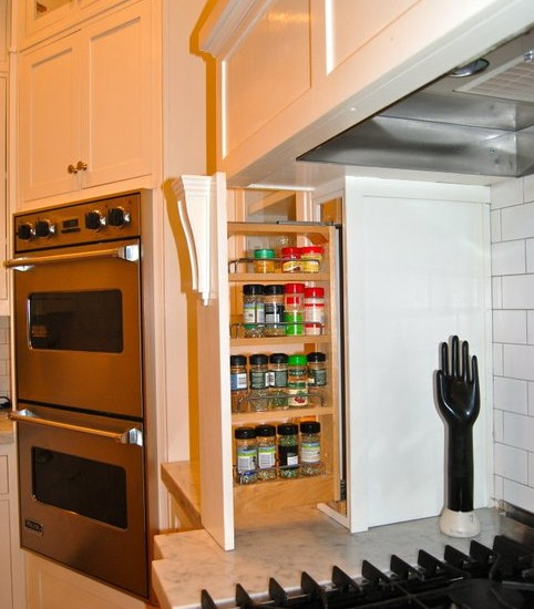 Interesting Kitchen Cabinet Pull Out Spice Rack: Mesmerizing Traditional Kitchen Kitchen Cabinet Pull Out Spice Rack Of Our Doors And Drawers Are Solid Wood And Built With Dove Tail Joinery Accessible Spice Storage Like The Concealed Spice Rack Next To The Cook Top