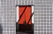 Mid Century Modern Front Doors : Midcentury Entry Privacy Wall Premade Trellis Rust Red Door Big Textured Wall