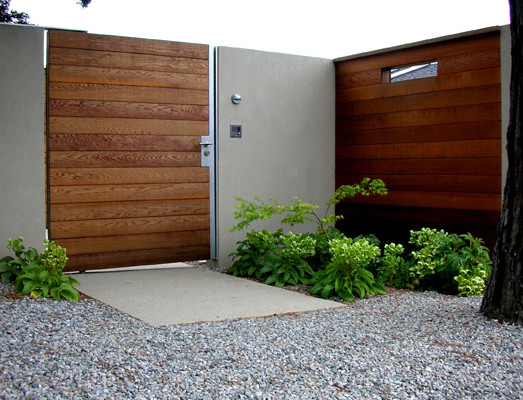 Excellent Solid Outdoor Wood Gates Designs : Modern Entry Front Outdoor Wood Gate And Serene Entrance