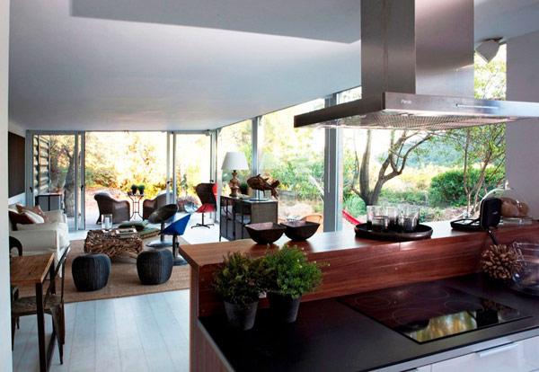 Modern House Built From Shipping Containers 8 Living Room Interior Design Yard View Ideas