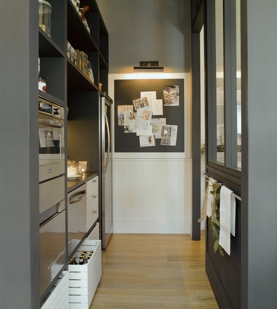 Stylish Design Of A Modern Combined Kitchen And Dining Space : Modern Kitchen And Dining Space Combined With High Marble Pantry Decoration Complete With Washbasin Stove Refrigerator And Wood Dividder To Dinning Table