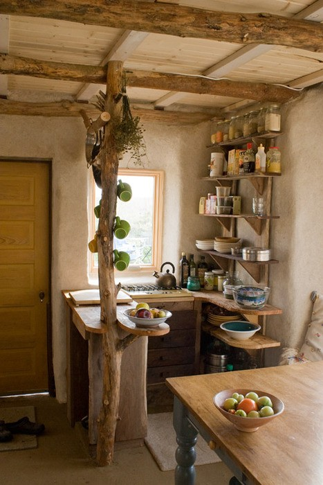 A Properly Designed Small Kitchen With Minimal Cutter And Maximum Efficiency: Natural A Properly Designed Small Kitchen With Minimal Clutter And Maximum Efficiency With Wooden Kitchen Decoration And Exposed Ceiling