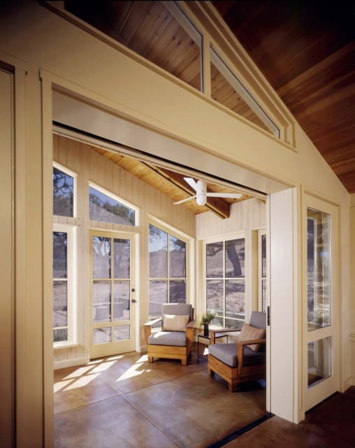 Perfect Sunroom Design Ideas To Relax While Enjoying A View: Natural Energies With Perfect Furniture Room Layout And Accent Pieces And Bringing In Beautiful Natural Light With Sunroom Reading Nook