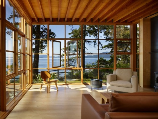 Perfect Sunroom Design Ideas To Relax While Enjoying A View: Natural Energies With Perfect Furniture Room Layout And Accent Pieces And Bringing In Beautiful Natural Light With Very Cozy Sunroom With An Awesome View