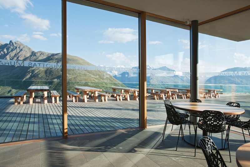 Extraordinary and Picturesque for Mountain Resort Design : Nice Decor And Interior Design Of Sensational Luxury Mountain Resort With Glass Wall Nice Black Chairs Romantik Hotel Dark Colored Floor Tiles