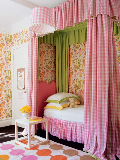 Perfect Colored Bedroom Decorating Ideas For Girls Who Love To Read: Popular Color Arrangements Bedroom Decorating Ideas For Girls With Country Club Chic Bed With Pin Canopy Table Side And Picture Wallpaper With Wardrobe