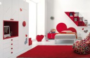 Heart Themed Girls Bedroom Decorating Ideas : Pretty Red And White Hearts Themed Girls Bedroom Decoration With Bookshelf Closet Bed Wall Decor Rug Ideas