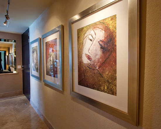 Rail Lighting Designs for Your Home: Rail Lighting At Contemporary Hall With Many Art Picture