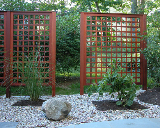 Wonderful Lattice Screen Designs : Rock Garden Asian Landscape Lattice Screen Instead Of Fence For Privacy And Welcome In Japanese Garden Stucco Wall Of House Portico