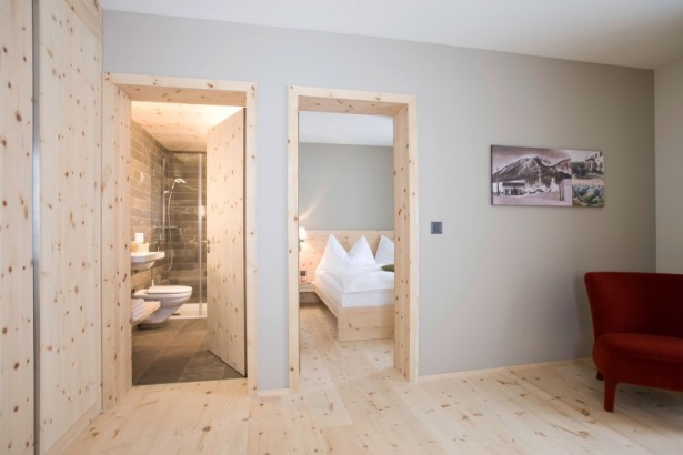 Extraordinary and Picturesque for Mountain Resort Design: Rustic Mountain Resort Portfolio Of Design Interiors With Wooden Bed Framed Romantik Clean Hotel Modern Toilet Design Cool Wooden Floor Ideas ~ stevenwardhair.com Design & Decorating Inspiration
