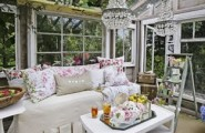 Awesome Sunroom Design Ideas For Summer Time : Shabby Chic Sunroom That Customized To Fit Your Lifestyle And Enhance The Beauty Value Of Your Home