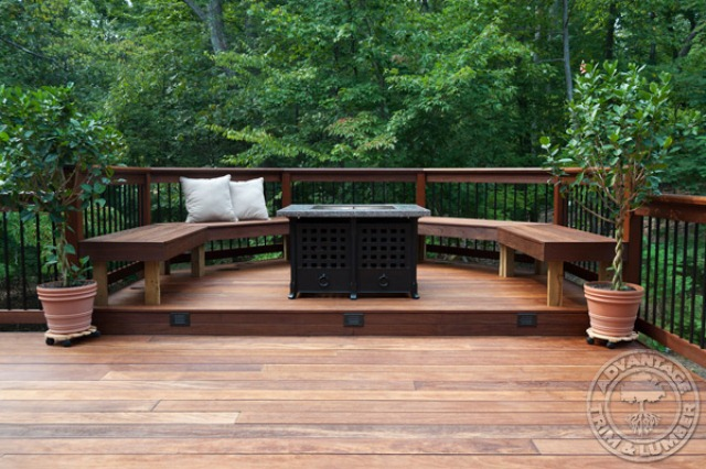 Astonishing Outdoor Deck Design Ideas With Unique Style: Shiny Outdoor Deck Design With Cedar And Redwood Are Beautiful Warm Materials For Traditional Style Decks And Round Bench And Nnn