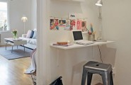 Cute home office ideas : Small Coner Home Office In A Hallway