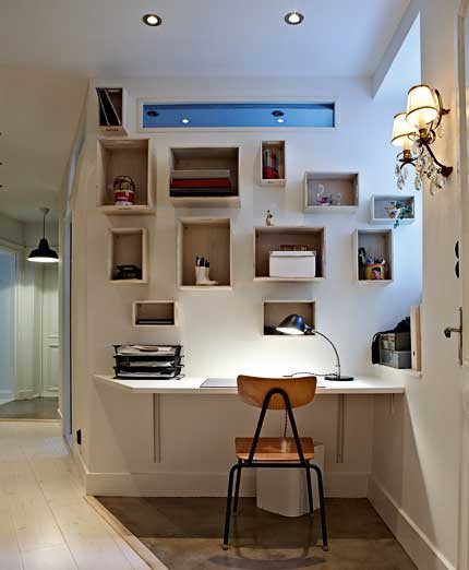 Cute Home Office Ideas : Small Hallway Home Office With Lots Of Storage