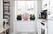 kitchen designs for a small kitchen : Small Kitchen With Checkers Floors
