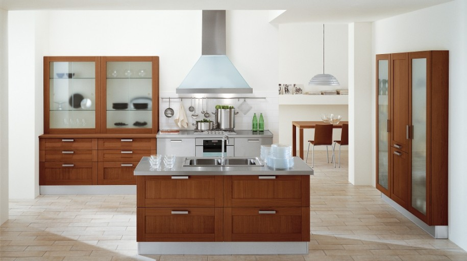 Rich Culture Comfortable Cooking Area Lovely Italia Kitchen : Striking Italian Kitchen Design With Amazing Kichen Island Design Ideas And Metal Range Hood