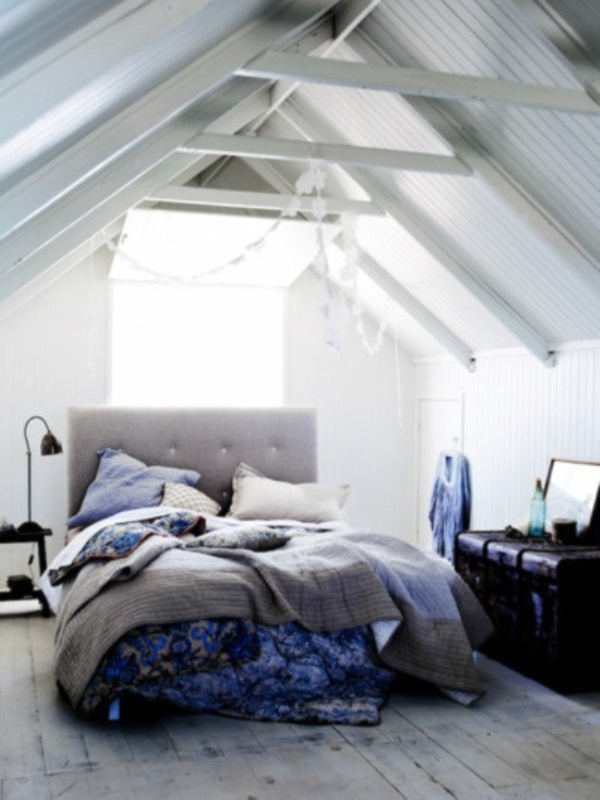 Breathtaking Blue And Gray Bedrooms For Romantic Person: Stylish Warm Simple Style Bed In The Attic With Cozy Excellent Stripes Pillows Side Table Exposed Ceiling Bay Window And Vintage Floor Design