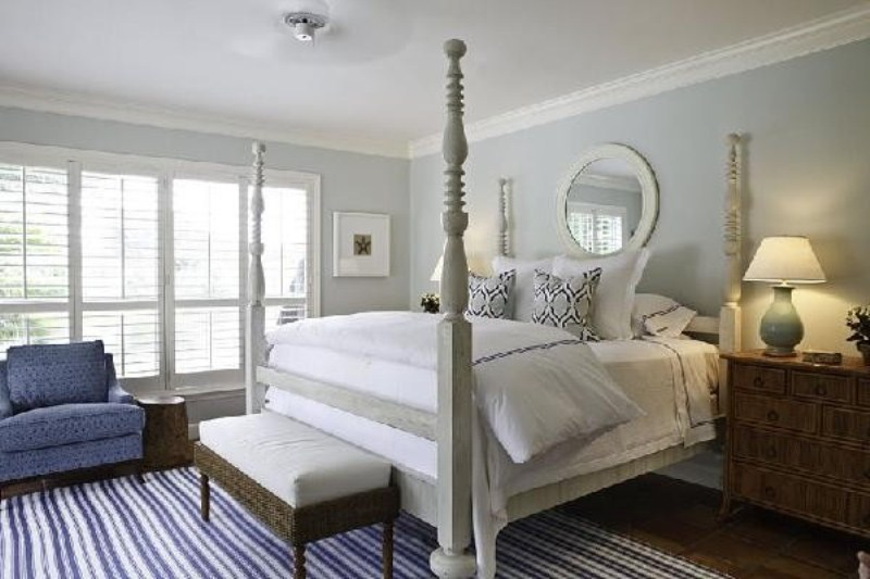 Breathtaking Blue And Gray Bedrooms For Romantic Person : Surprising Blue  Accented Soft Queen Bed Decor