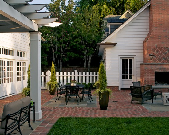 Cozy And Interesting Arts And Crafts Home Interiors: Surprising Traditional Patio Arts And Crafts Home Interiors Combination Of Gray And Red Surface Brick And White Exterior