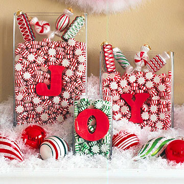 Sweet Christmas Candy Decoration Ideas: Sweet Christmas Candy Decoration Awesome Peppermint Greeting Candy Decoration With Red And Green Peppermints In Letters Glass Container On A Mantel
