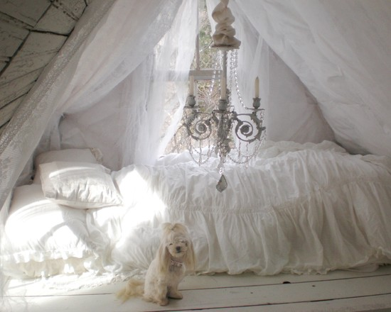 Stunning Tents For Kids Rooms : Terrific Traditional Bedroom Tents For Kids Rooms Tent Ceiling And Draped Window Box Attached A Bolt Of Lace With The Electric Stapler Along The Rafters