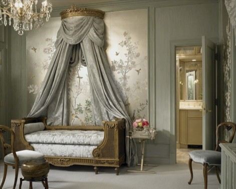 Beautiful Chinoserie Wallpaper To Make Room In Your Home Look More Classy: Traditional Bedroom With The Curtains Behind The Queen Anne Couch And Chinoserie Wallpaper Behind That