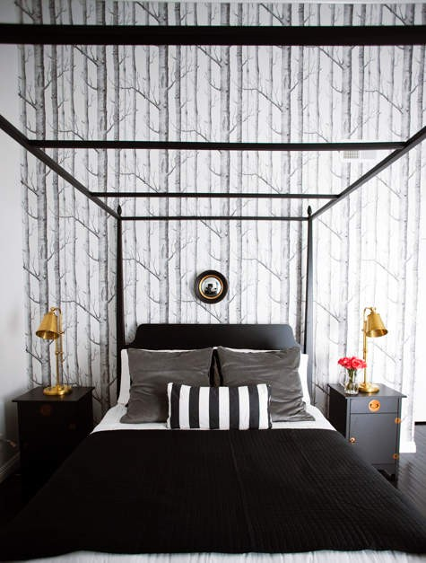 Traditional Fascinating House Interiors : Traditional Black And White Bedroom With Calming Shades Of Beige And Stripe Curtain