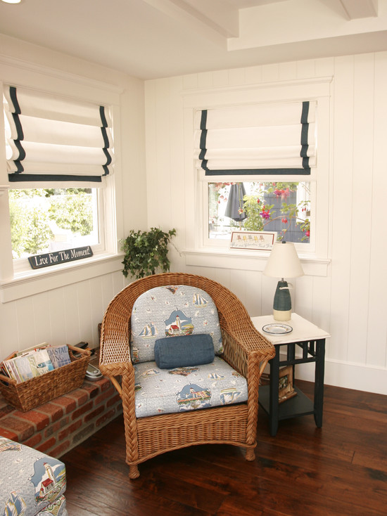 Room Decor With Insulated Roman Shades : Traditional Family Room Insulated Roman Blinds White Shades With Black Edge Ribbon Trim Cozy And Cottagey Rattan Chair And Wooden Laminate Floor