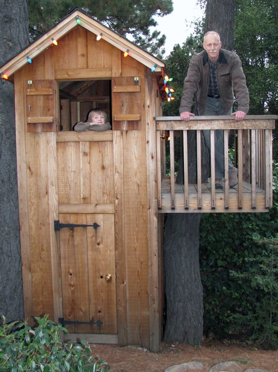 Design Your Own Garden Playhouses For Children: Traditional Kids Vertikal Wood Playhouse With Lights