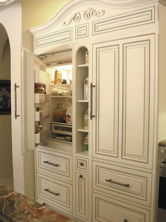 Contemporary and Traditional Kitchen With Sub Zero 36 Inch Refrigerator : Traditional Kitchen 36 Inch Sub Zero Fridge With Refrigerator Door Can Open All The Way With Mini Shelves