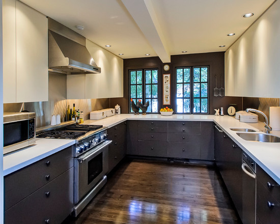 Excellent Kitchen Design With Recessed Lights : Traditional Kitchen With Appliances Cabinets Recessed Knight And White Countertops