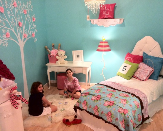 Beautiful Turquoise Girls Room: Traditional Tiffany Blue Turquoise Girls Bedroom With Bedding Pink Room Tree Mural