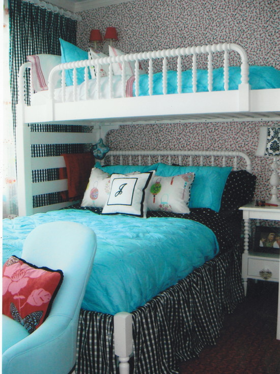 Beautiful Turquoise Girls Room: Traditional Turquoise Girls Bedroom White Bunkbeds Blue Blanket
