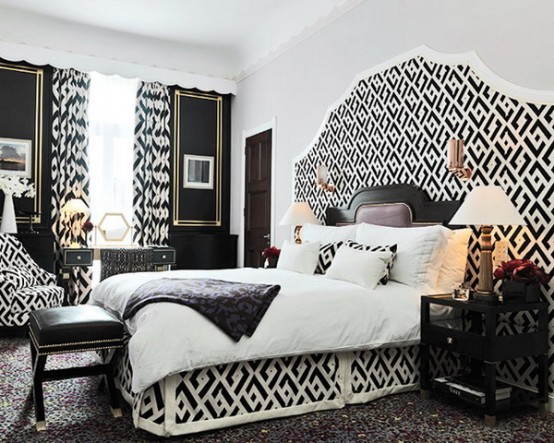 Black and White Furniture Decorating Ideas : Traditional Wonderful Black And White Theme For Luxurious Bedroom Designs With Artistic Furniture And Cool Black And White Curtain Perfectly Match The Beds