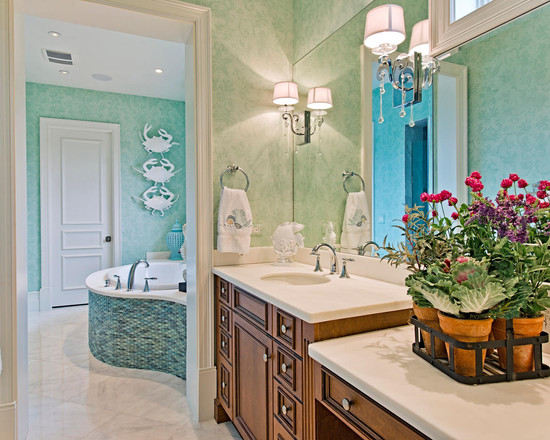 Awesome Blue Crab Decorations : Tropical Bathroom With The Crabs On The Wall Decoration